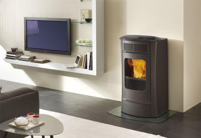 Edilkamin termostufa a pellet idro ventilata idrosally for Idrosally edilkamin prezzo